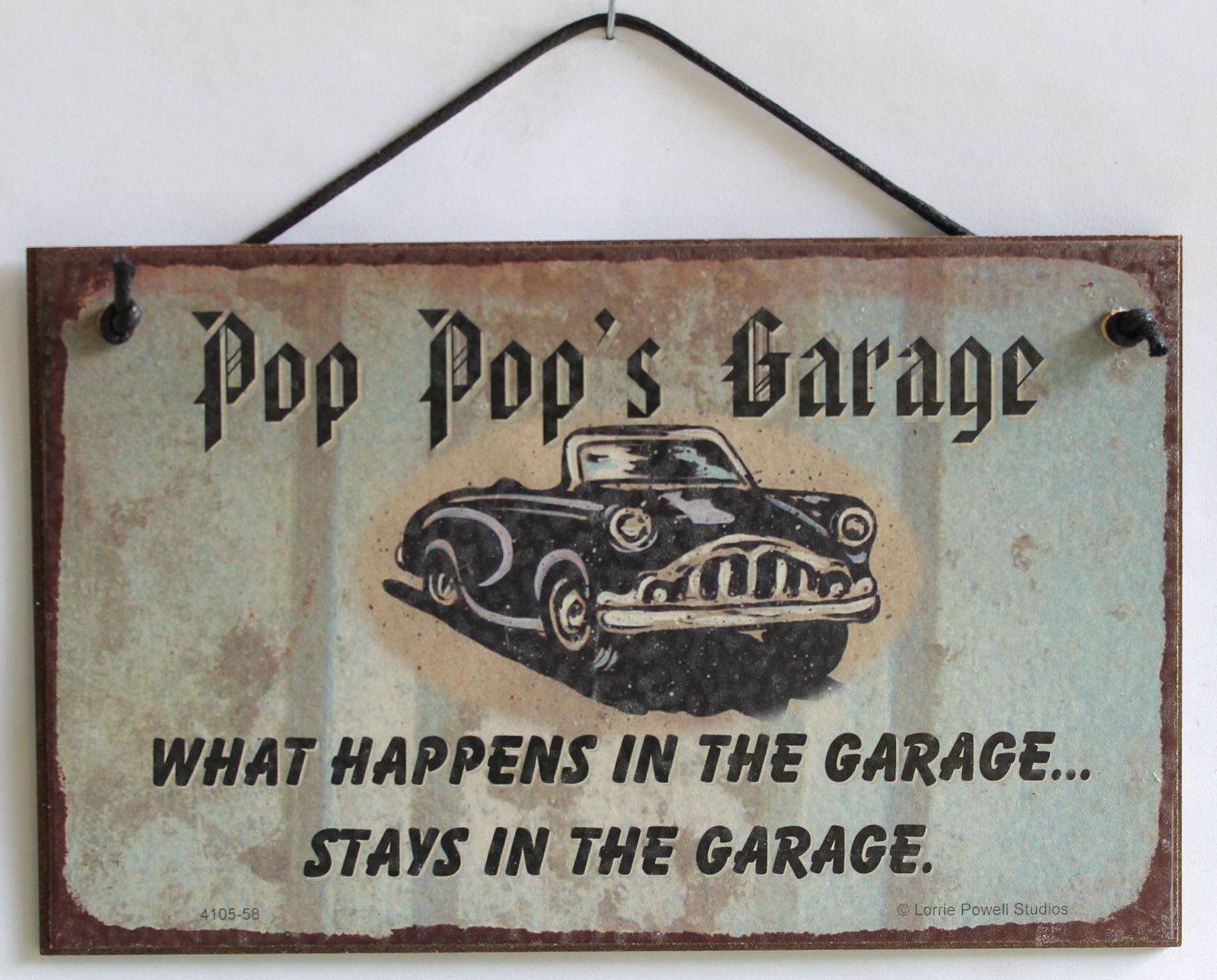 Stays in The Garage Decorative Fun Universal Household Signs for Grandpa Egberts Treasures 5x8 Sign with Classic Car Saying Papaws Garage What Happens in The Garage