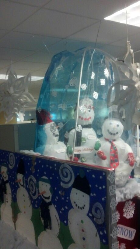 Snow Globe cubicle decorating Cubicle ideas Pinterest Cubicle - halloween office decorating ideas