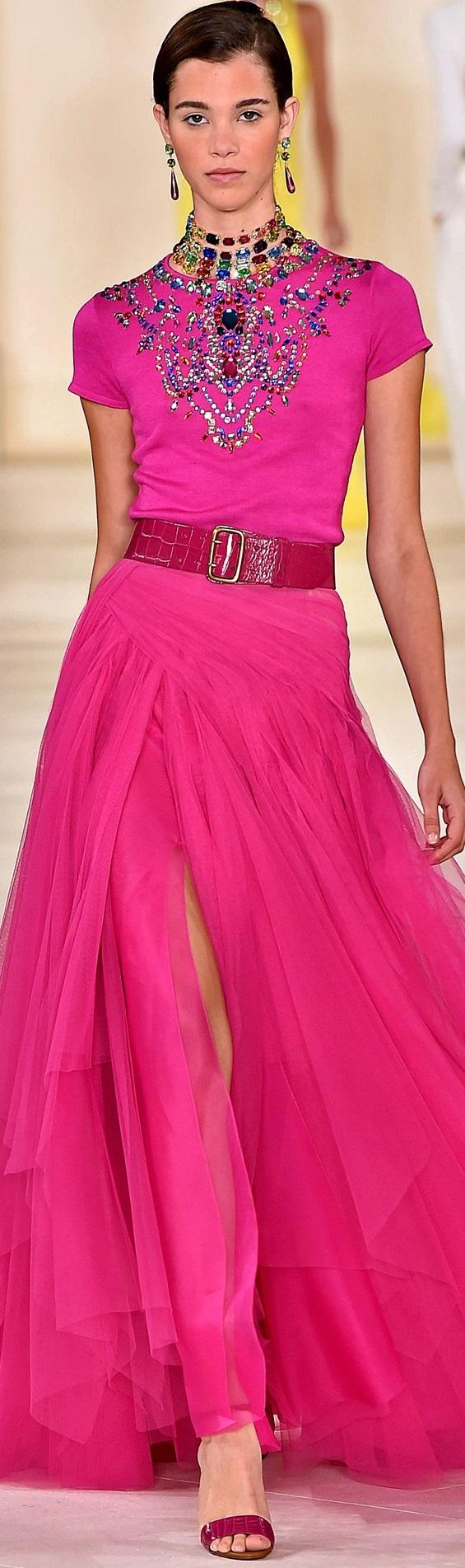 Ralph Lauren http://claudiabassoboutique.com.br/tapete-vermelho/vestidos-de-festa-previsoes-para-a-temporada-hollywoodiana-de-tapetes-vermelhos/