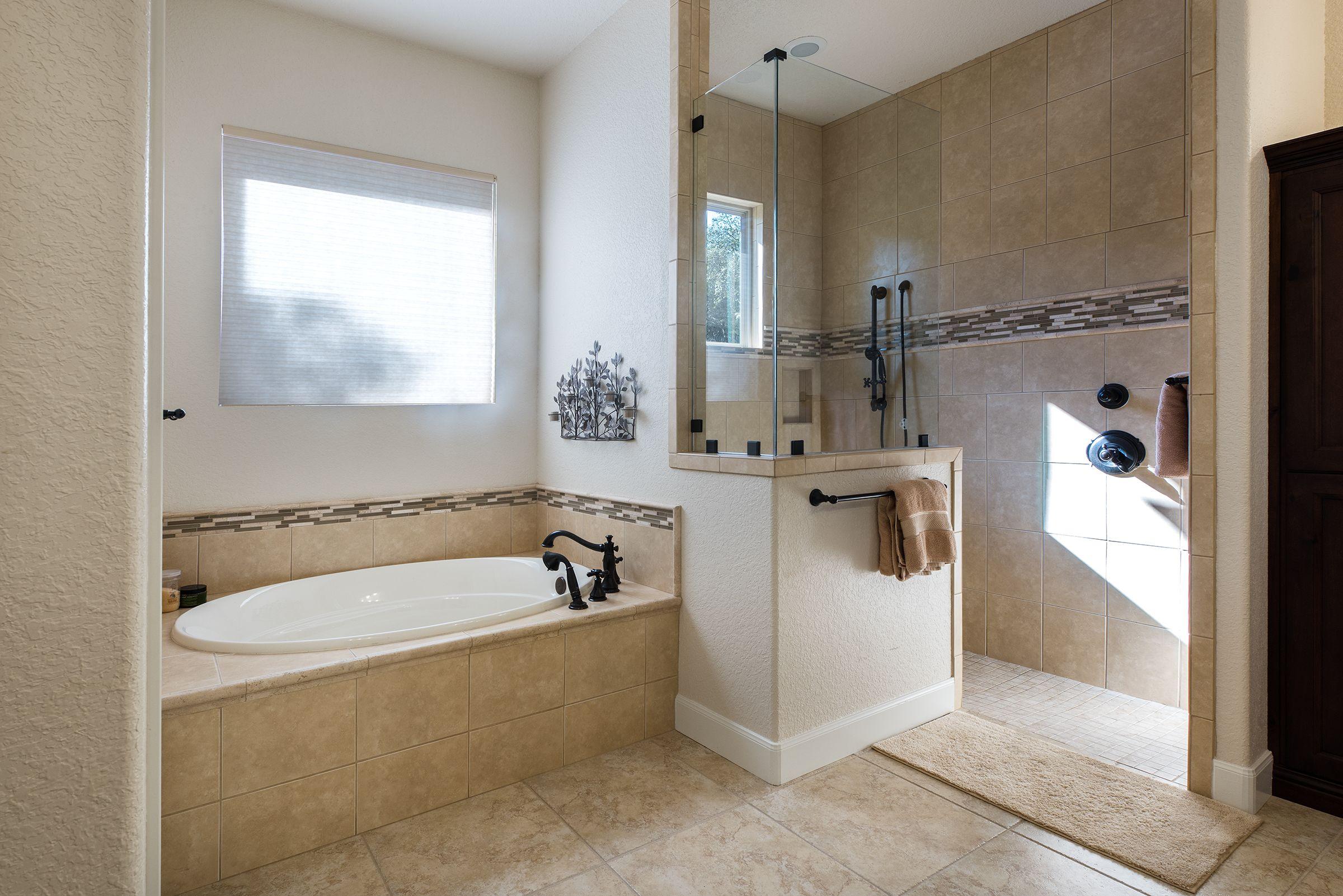 Master bathroom floor plans bathroom floor plans master bathrooms