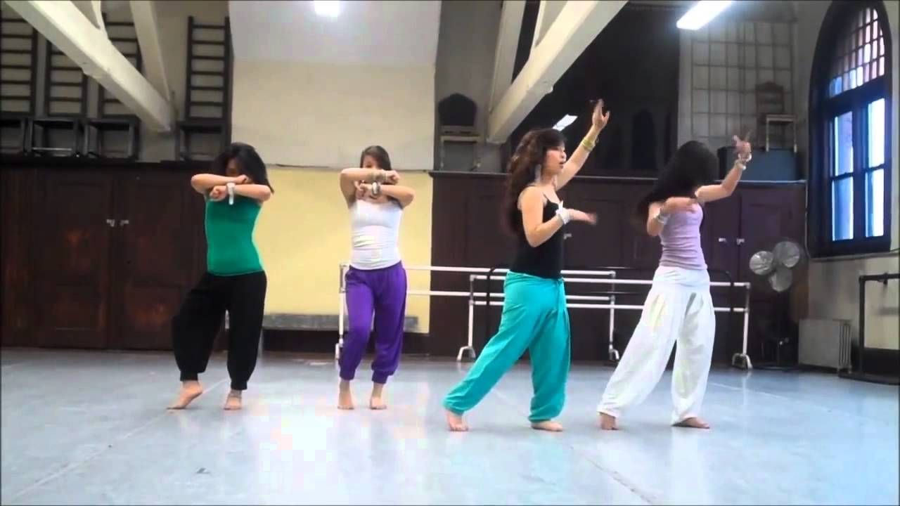 awesome Dance Performance on Mix Hindi-Songs By Girls
