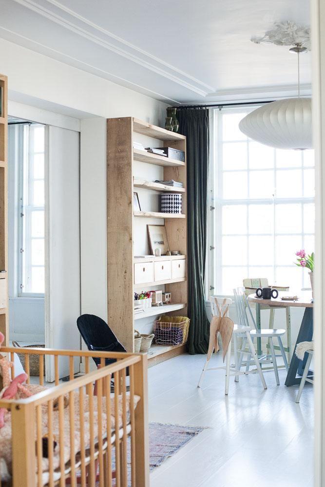 Sanne Hop Et Ole 8 Ans Hannes 5 Ans Pippa 3 Ans Kaatje 6 Mois The Socialite Family Espaces De Vie Deco Appartement Maison
