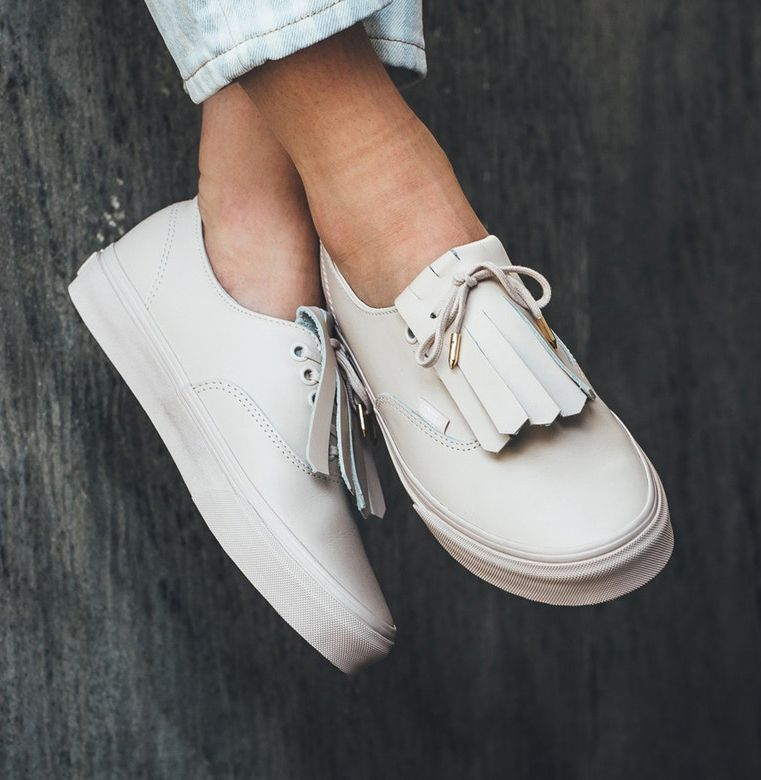 vans authentic fringe dx