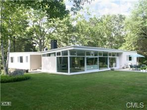 324 Rock Rimmon Road Stamford Ct Connecticut North Stamford Stamford Real Estate S Mid Century Modern House Mid Century Modern Exterior Mid Century House