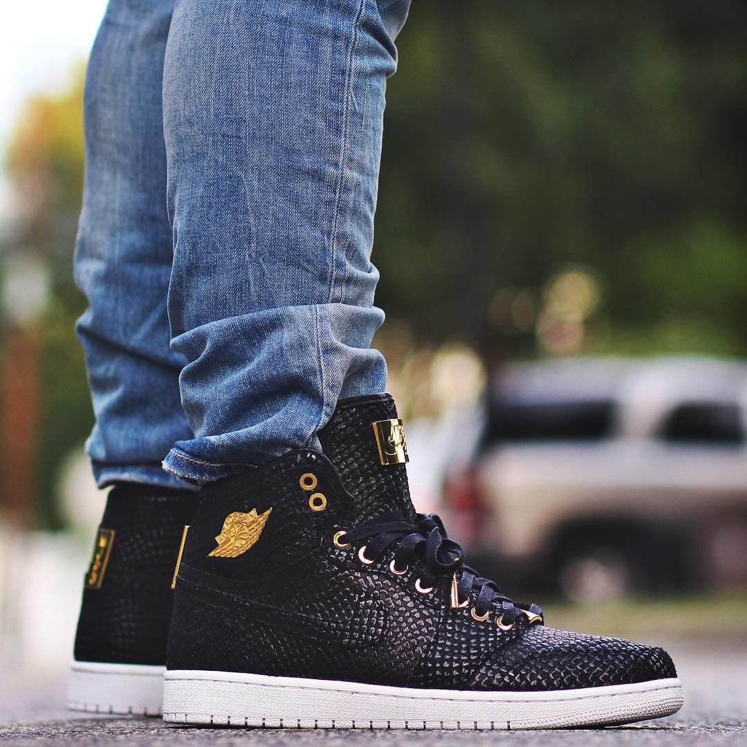 "Air Jordan 1 Pinnacle ""24k Gold"""