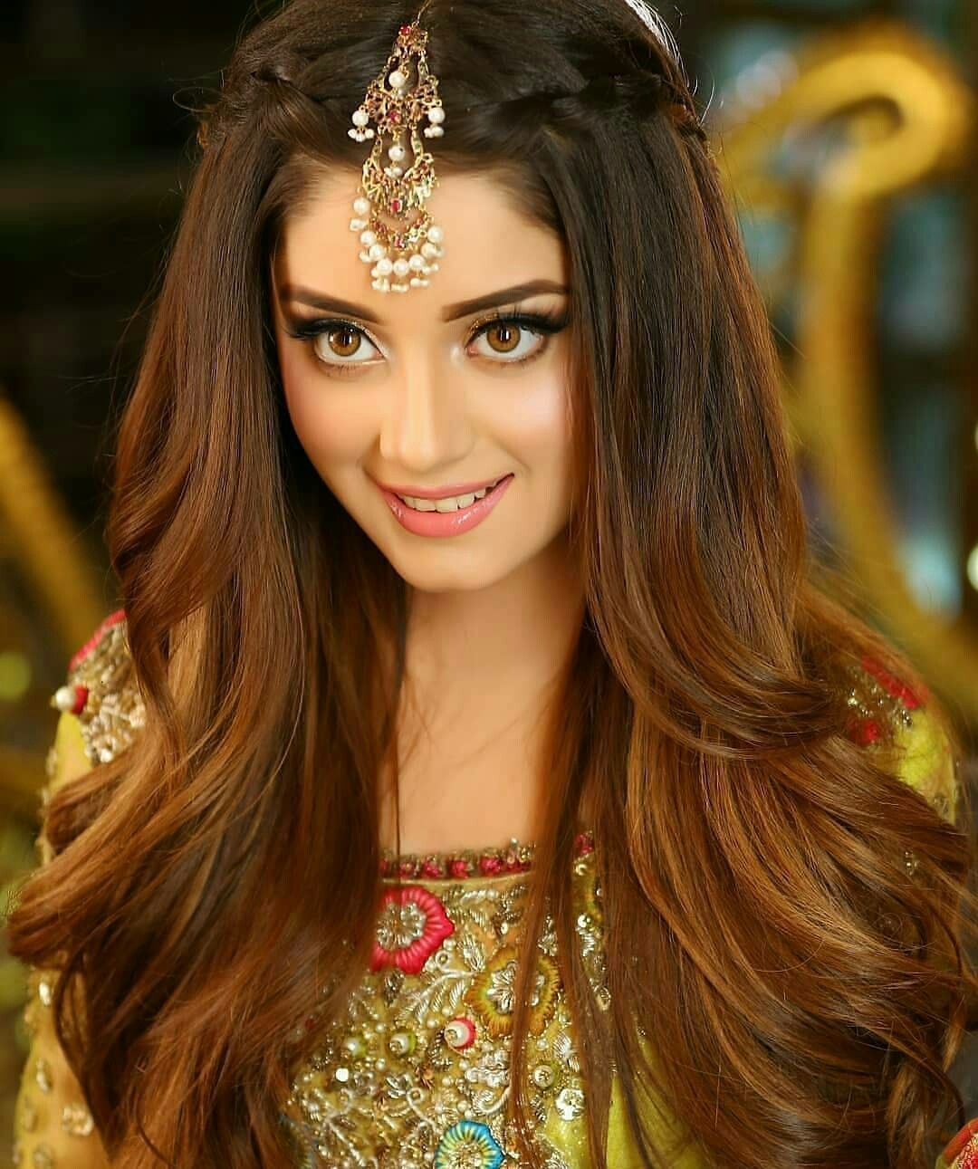 Alizy Eyemakeuptips Engagement Hairstyles Hair Styles Indian Wedding Hairstyles