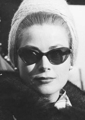 Grace de Monaco avec les lunettes de soleil Eye Glasses, Style Icons,  Timeless Beauty d93c6c5241e8