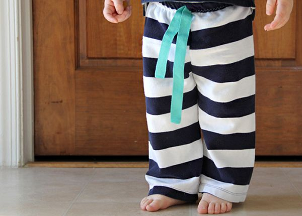 Download Easy Baby Pants Sewing Pattern (FREE) | crafts | Pinterest ...