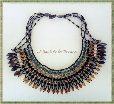 El Baúl de la Urraca: TENDENCIA PRIMAVERA-VERANO 2013 (2): Maxicollar reciclando collares viejos