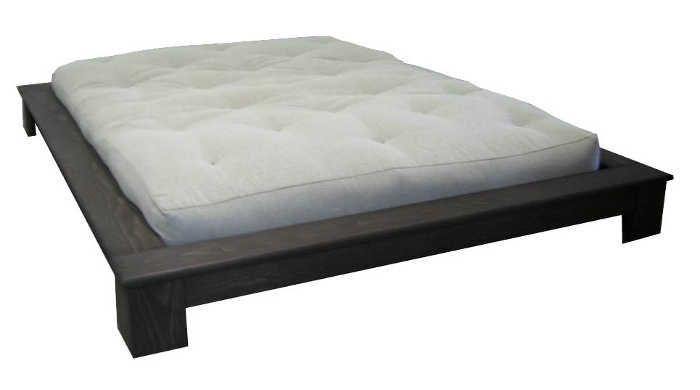 base de lit moderne pour un style japonais