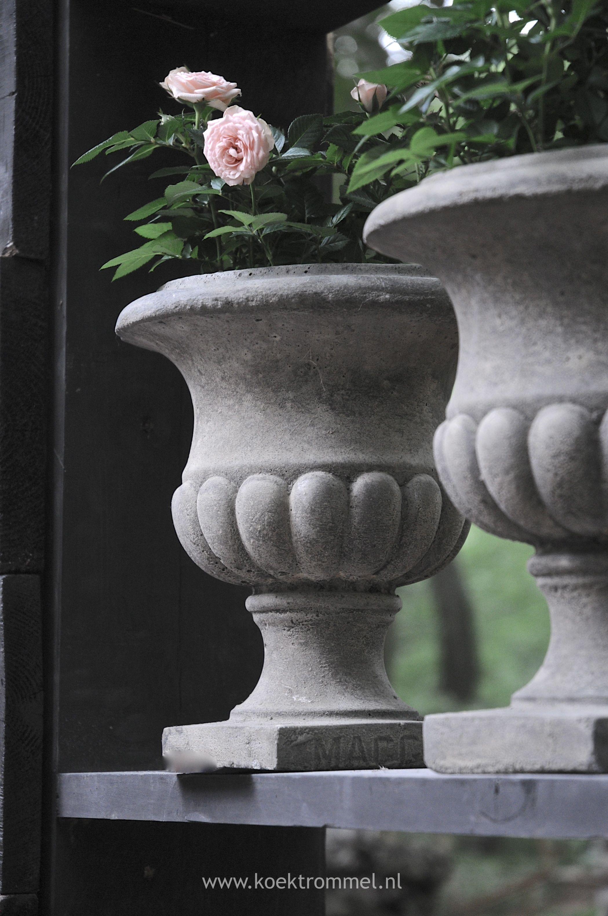 Tuinvaas naar antieke mal tuin pinterest tuinbeelden buitenleven en vazen - Ideeen deco blijven ...