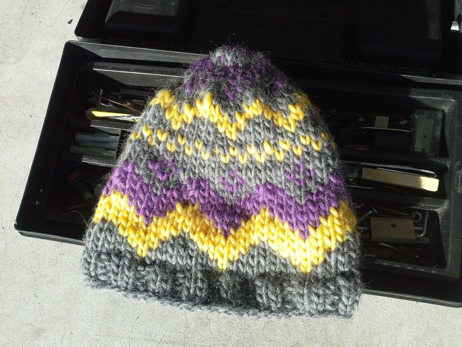 Mens Fair Isle Nordic Beanie Wool Hat Skully Hand Knit Gray Yellow Purple 09c5737b7beb
