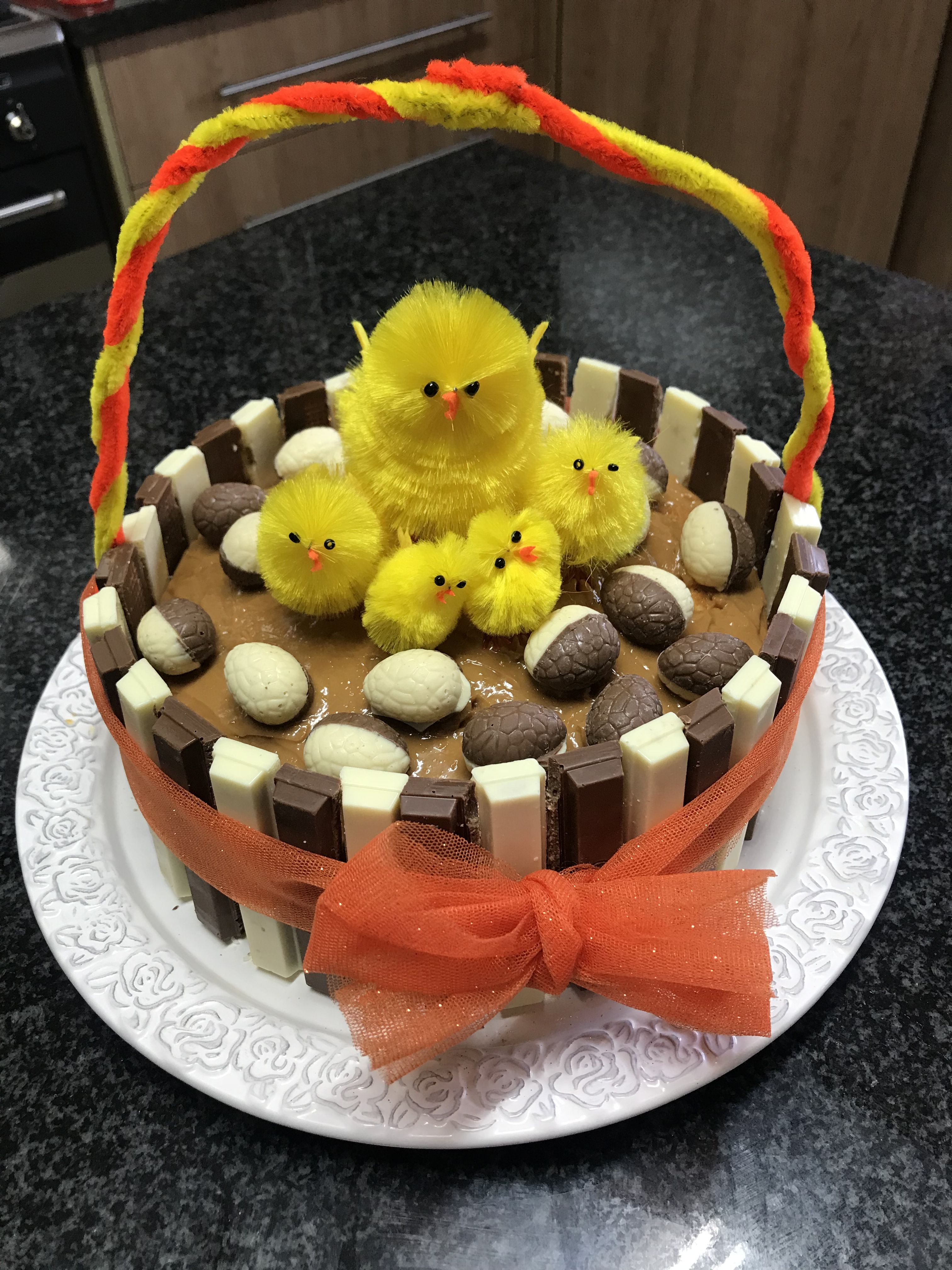 Easter kit kat cake kit kat cake cake desserts