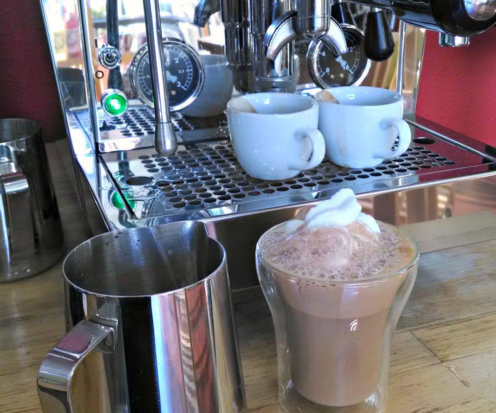 How to make a cafe mocha at home mocha coffee recipes
