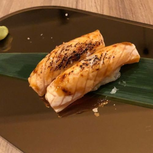 Bild 1: Salmon Teriyaki Seared flambiert Bild 2: Tuna...  #TagsParis #salmonteriyaki Bild 1: Salmon Teriyaki Seared flambiert Bild 2: Tuna...  #TagsParis #salmonteriyaki