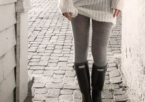 sweater, leggings & boots