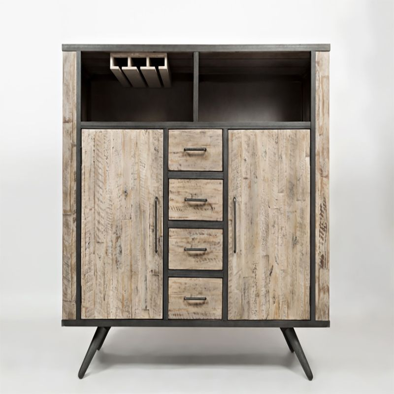 The Amercian Retrospective Highboard Is A Perfect Blend Of