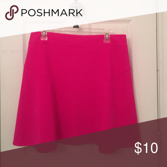 Express Skirt size 12 Express skirt size 12 in great condition Express Skirts Circle & Skater