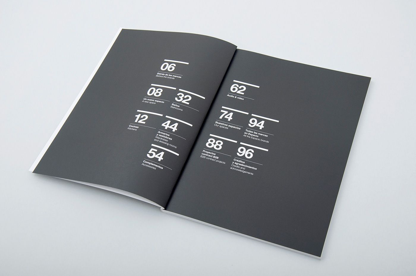 다음 @Behance 프로젝트 확인: \u201cEspacio Home Design Group brochure and website\u201d https://www.behance.net/gallery/21119347/Espacio-Home-Design-Group-brochure-and-website