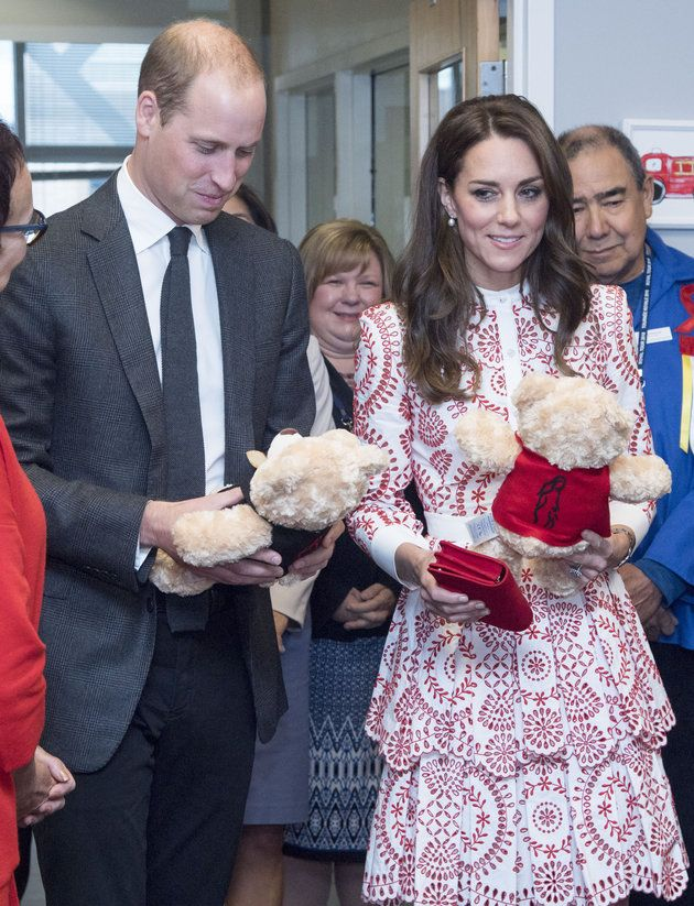 Duchess Of Cambridge Thanked Five-Year-Old Girl For Teddy Gifts To Prince George And Princess Charlotte | Huffington Post