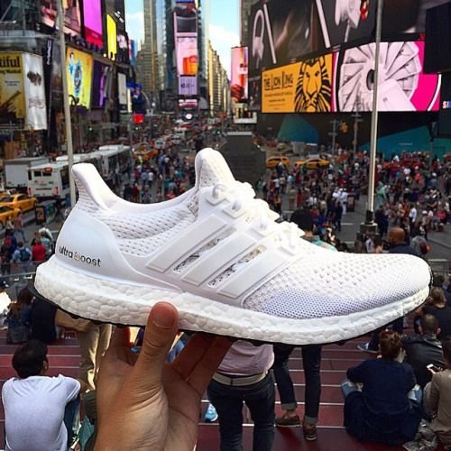 412f91b65a1f6 SneakerArgoAdidas Ultra Boost MenStreetwearAwesome ... adidas Ultra Boost  White White ...