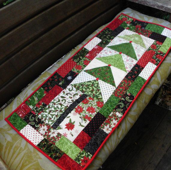 Christmas Tree Table Runner Quilt Pattern: Christmas Tree Table Runner