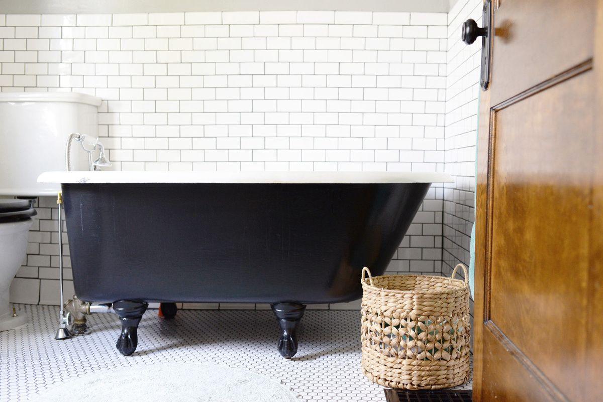 clawfoot tub bathroom makeoever