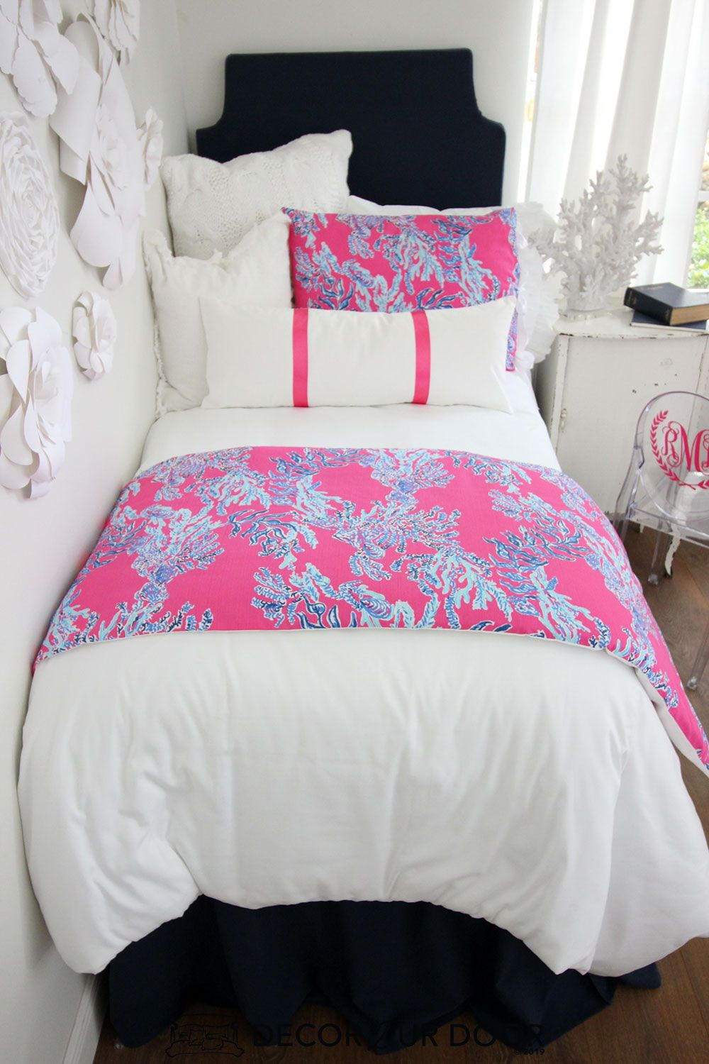 Lilly Coral Print Dorm Bedding Set images
