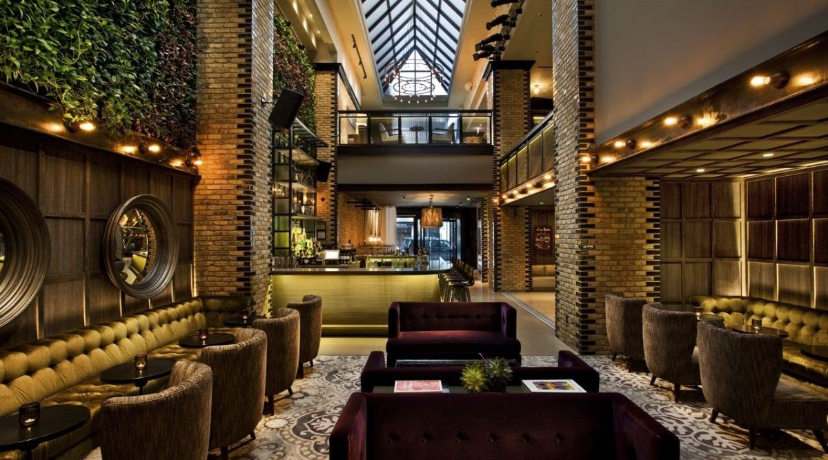Located on the Gold Coast, Thompson Chicago offers a variety of ...