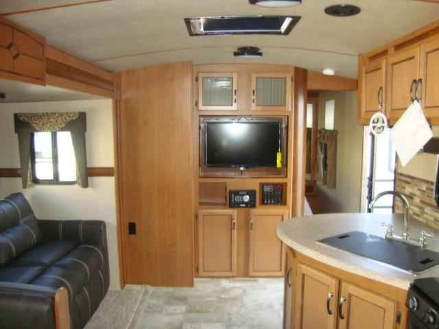 2016 New Crossroads Sunset Trail Super Lite 330 BH Travel Trailer in Virginia VA.Recreational Vehicle, rv, 2016 CrossRoads Sunset Trail Super Lite 330 BH, ,