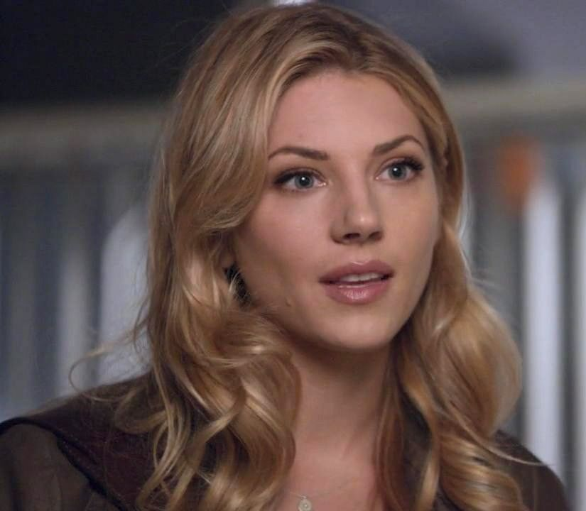 Hannah Burley in Bones | Hair and Makeup | Pinterest ...Katheryn Winnick Bones