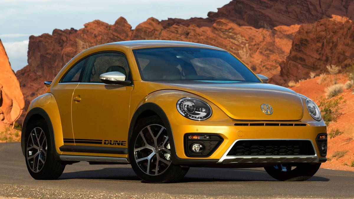 check out the 2016 vw beetle dune vw beetle newcars base price rh pinterest ch