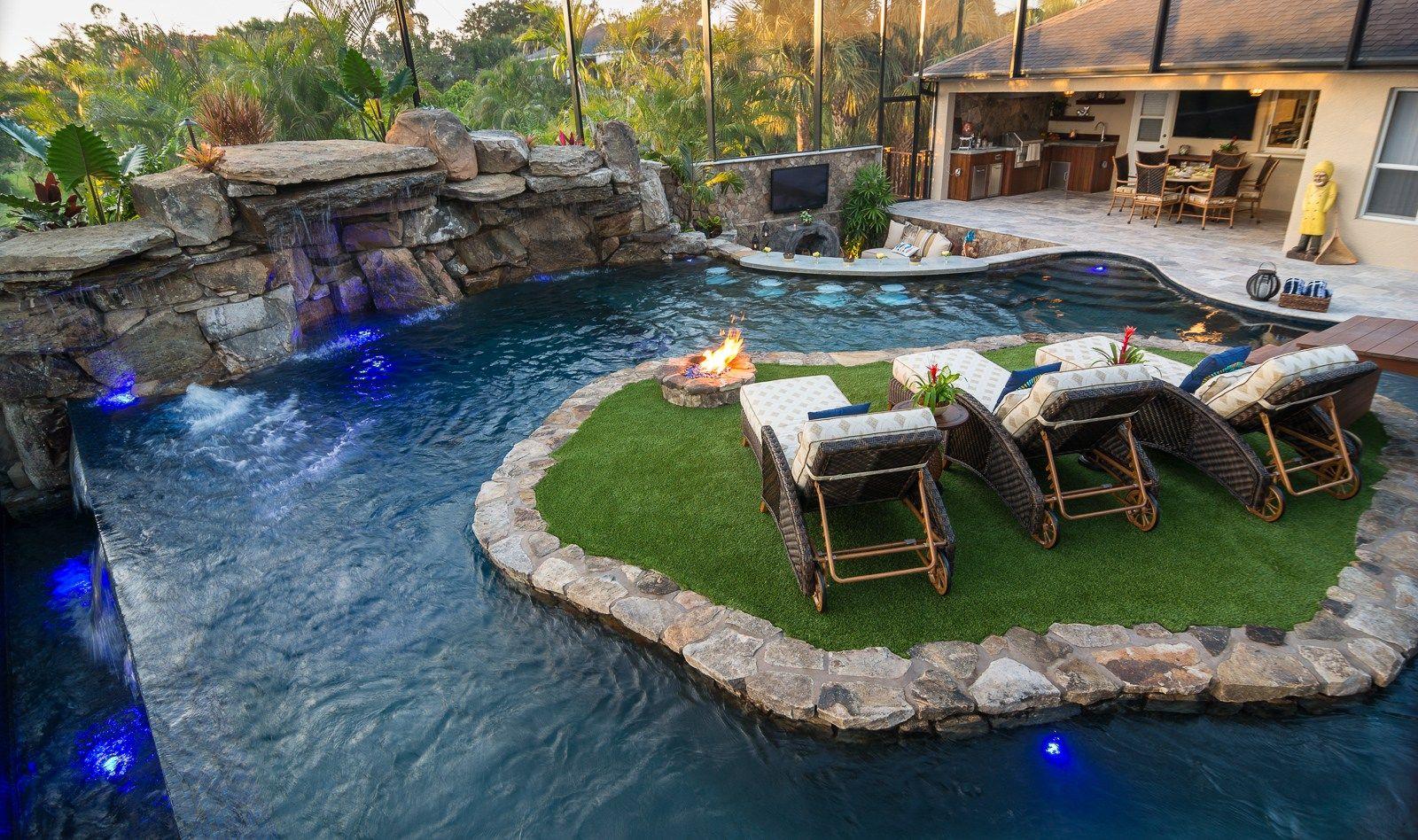 Lazy river lucas lagoons custom pool on pine island river for Pool design france