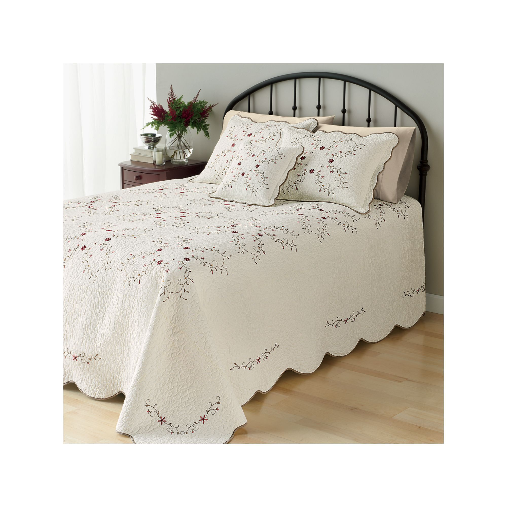 Steppdecken Bettdecken Home Classics Amelia Quilted Bedspread Products