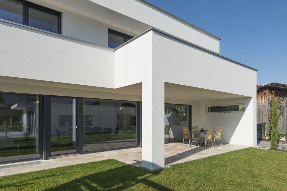 #Einfamilienhaus #Flachdach #Überdachte Terrasse