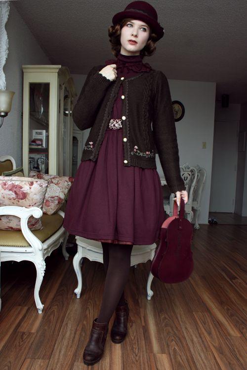Elegant Gothic Lolita fashion worn by style icon Fanny Rosie