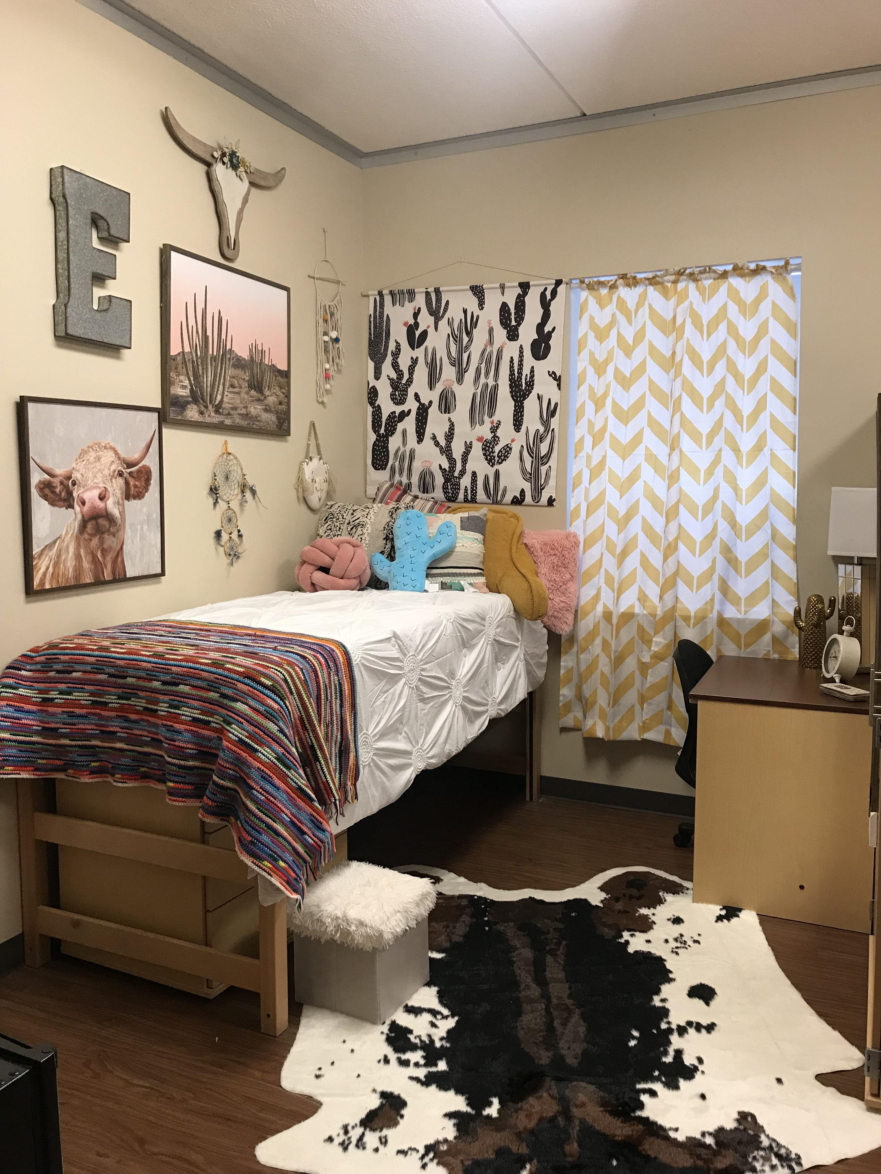 Dorm Western Cactus Cool Dorm Rooms Western Bedroom Decor Dorm Room Decor