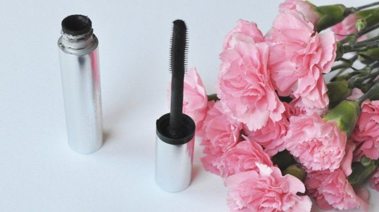 Are These The Best Mascaras For Sensitive Eyes?