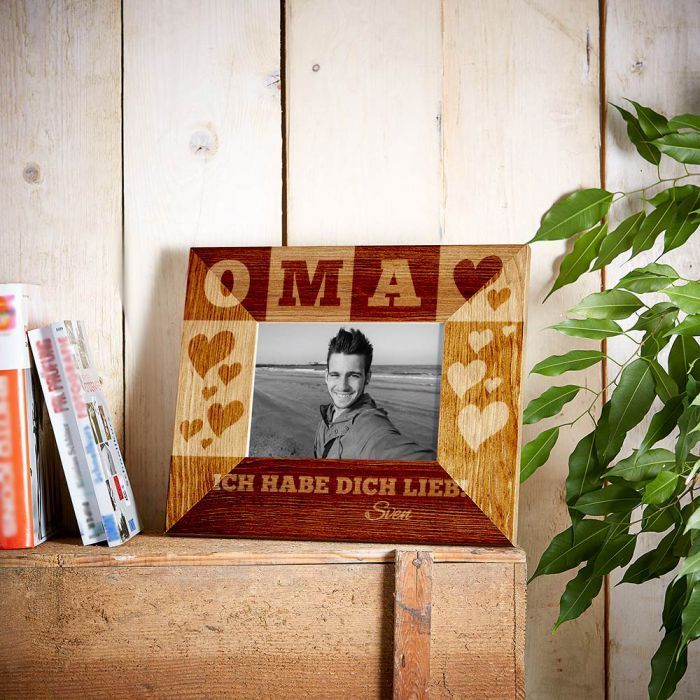 personalisierter bilderrahmen f r oma personalisierbare geschenke gravur geschenke und. Black Bedroom Furniture Sets. Home Design Ideas