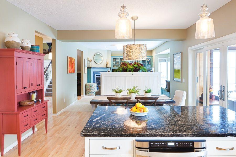Leroymerlin Leroymerlinpolska Dlabohaterowdomu Domoweinspiracje Kuchnia Salon Panele Komoda Dekoracja Home Decor Diy Home Decor Pink Cabinets