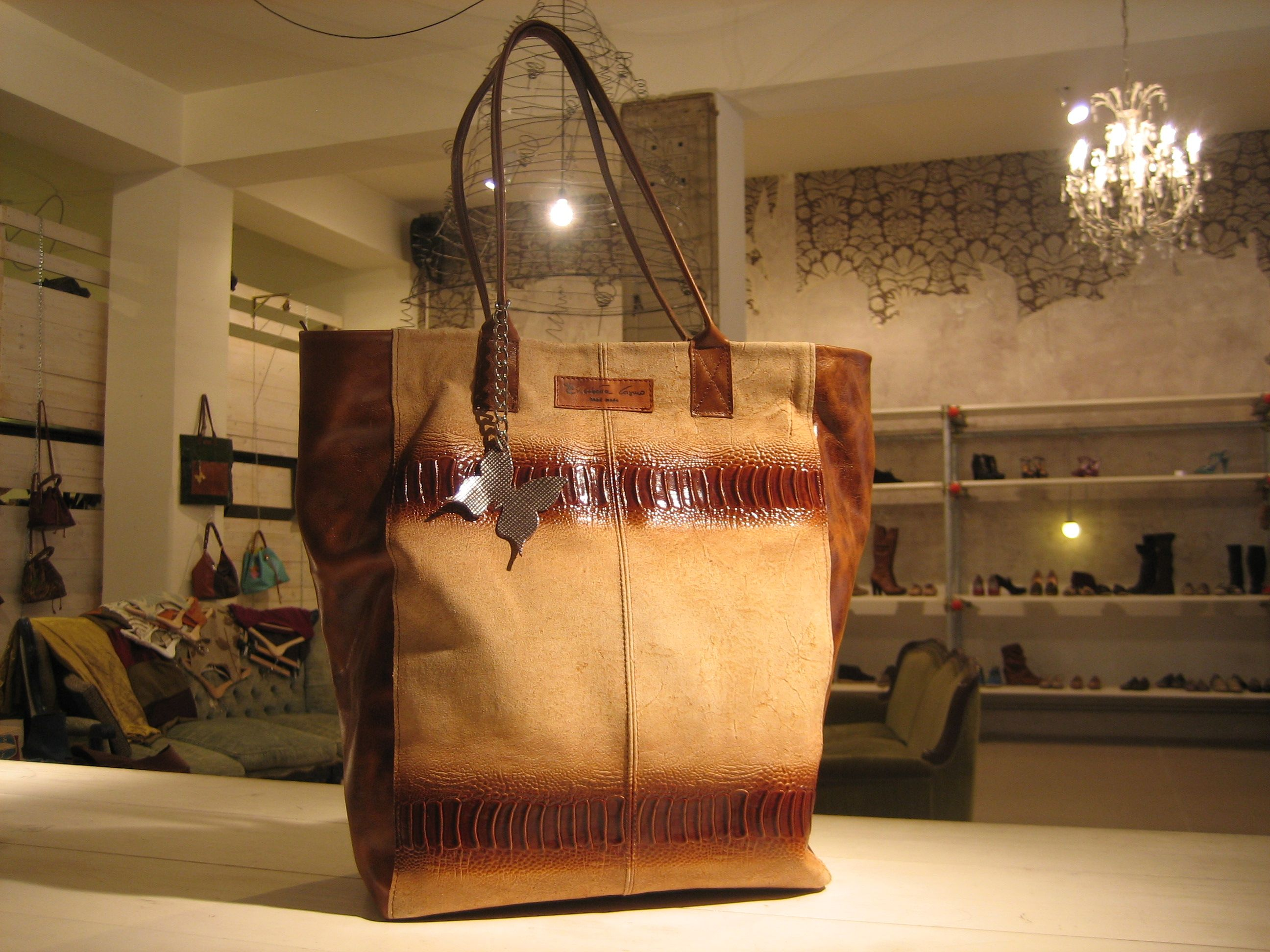 Pavoncella Bag - Buy online at http://www.elisabettacosmo.it