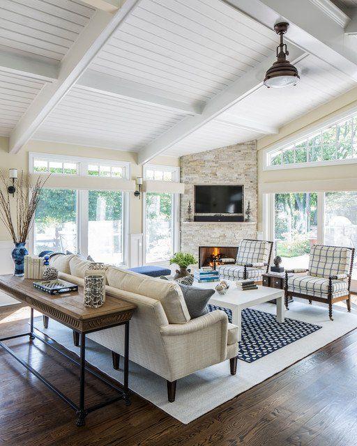 18 schöne Wohnzimmer Designs mit Wand-TV #coastallivingrooms