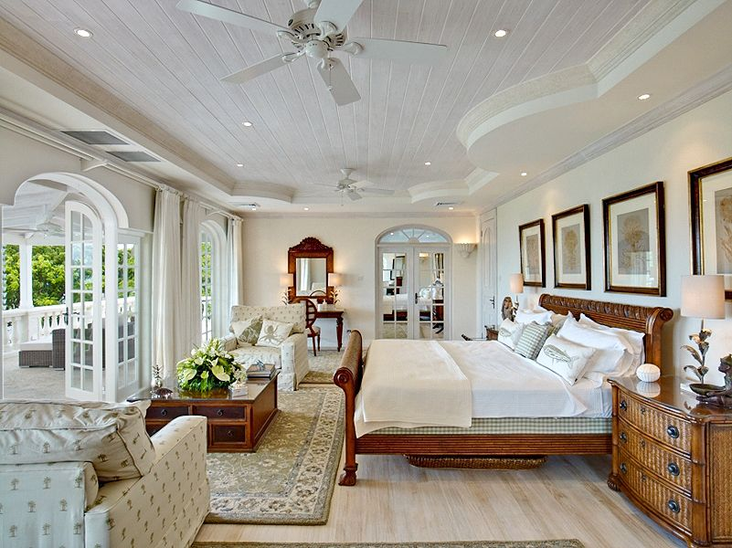 Plantation House Bedroom Wood Beige White And Blue