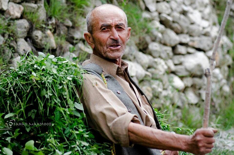 82 Years Old Strong Man Of Karimabad Hunza Pakistan Pakistan Hunza Valley Mera
