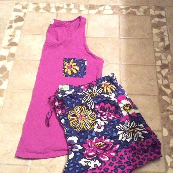 Vera Bradley Pajama Set African Violet pattern, brand new without tags. Received as a gift but they are way too it on me. Vera Bradley Intimates & Sleepwear Pajamas