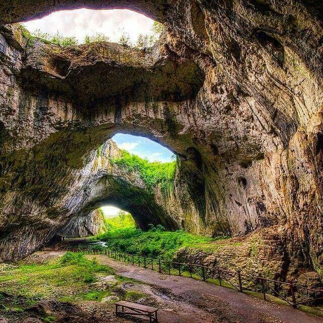 La cueva devetashka, Bulgaria ...deamazingplaces...