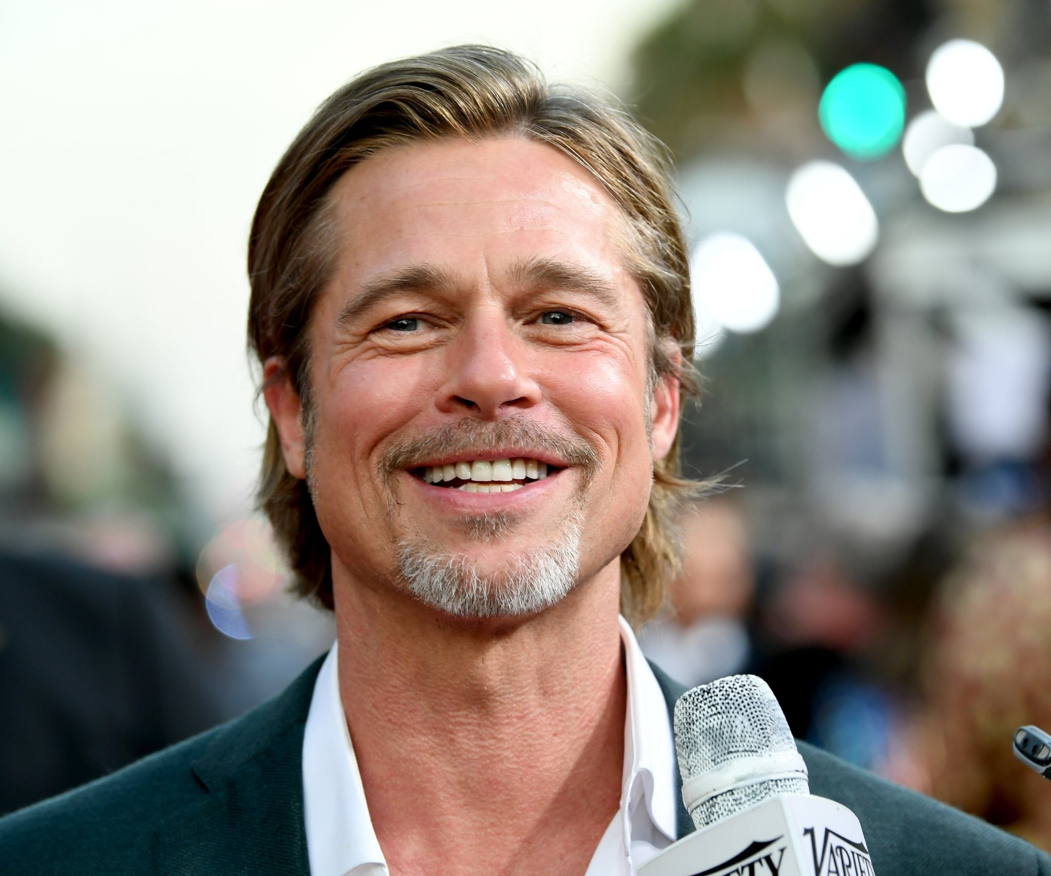 Brad Pitt Is Just Going To Be Gorgeous Forever Huh Brad Pitt Brad Pitt Pictures Celebrity Entertainment