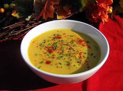 I Don't Cook, But My Boyfriend Does!: Butternut Squash & Roasted Red Pepper Soup