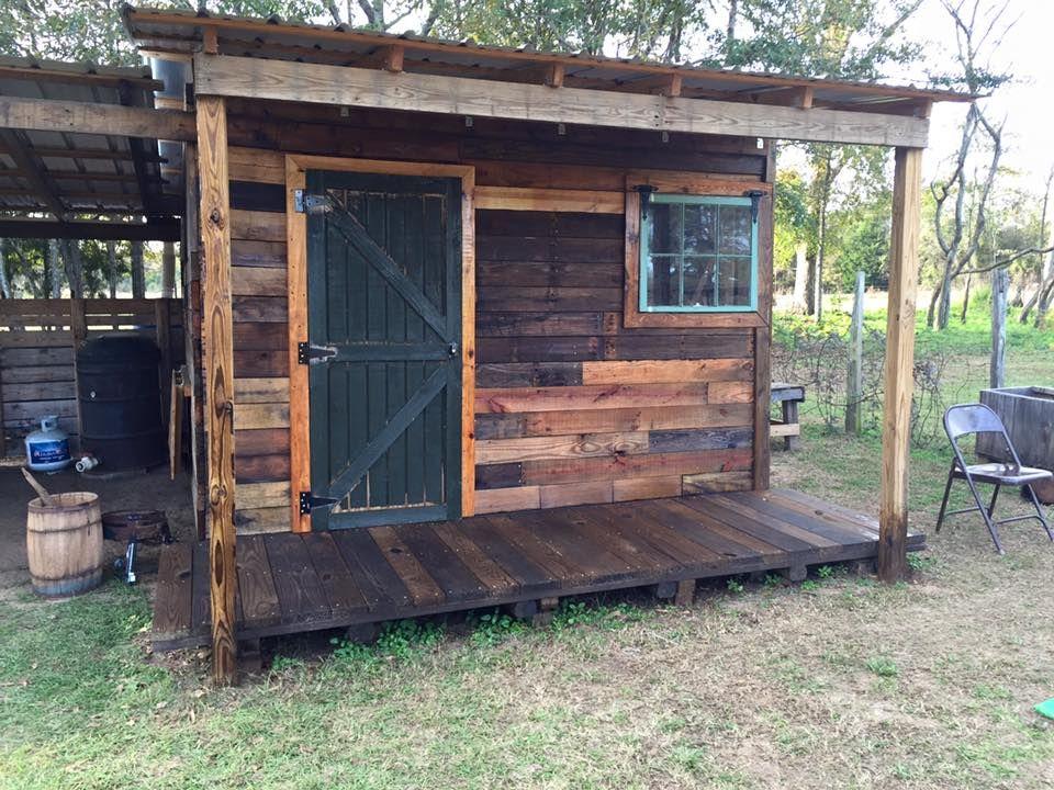 Diy pallet shed pallet outdoor cabin plans diy storage