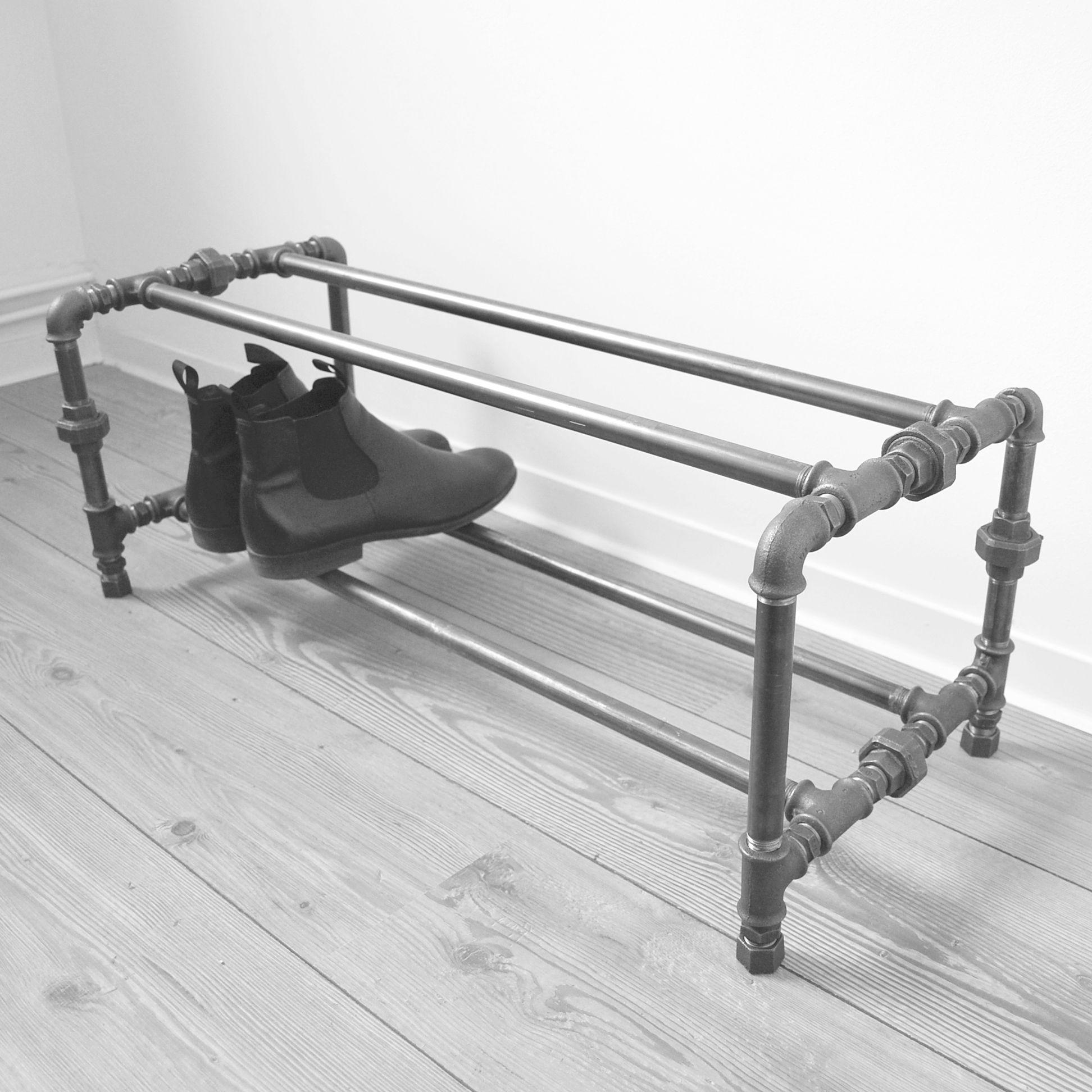 stivolles industriedesign schuhregal aus stahlrohr garderobe und abstell schuhregal m bel. Black Bedroom Furniture Sets. Home Design Ideas